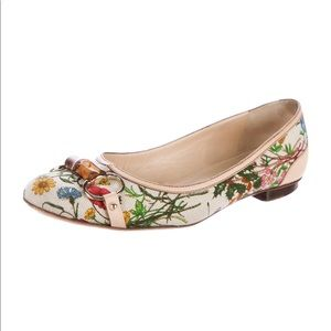 Gucci flats from Flora Horsebit collection sz 37.5